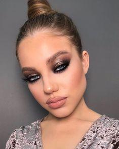 Makeup Eye Looks, Cute Makeup, Gorgeous Makeup, Pretty Makeup, Skin Makeup, Eyeshadow Makeup, Beauty Makeup, Bridesmaid Makeup, Prom Makeup