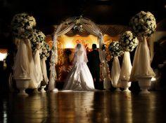 Beautiful Wedding Pew Designs (3)