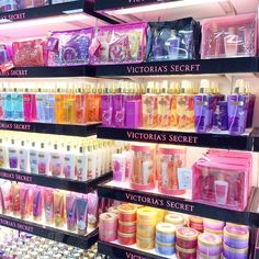 Bath N Body Works, Bath And Body Works Perfume, Victoria Secret Fragrances, Victoria Secret Perfume, Parfum Victoria's Secret, Victoria Secret Body Spray, Victoria Secret Pink, Perfume Organization, Perfume Body Spray