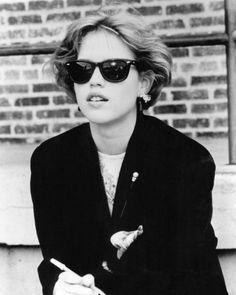 Molly Ringwald in Pretty in Pink (1986).