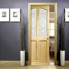 Single Pocket Rio Clear Pine Door with Clear Etched Crystal Rose Glass. #pocketpinedoor #interanpinedoorwithglass #slidingpocketdoor