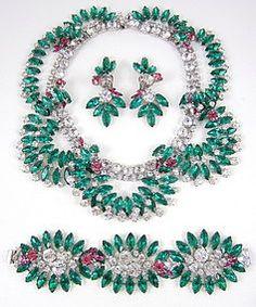 Robert Sorrell Necklace Bracelet & Earrings