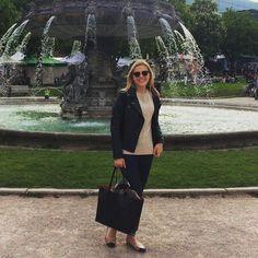 Heute war ich unterwegs in Stuttgart. Ich liebe meine neue Lederjacke und kombiniere sie mit schlichten Klassikern #classy #leatherjacket #blonde #ilovefashion #stuttgart