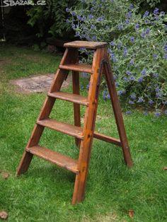 Starožitné dřevěné štafle štafličky schůdky. Dřevo zdravé, - obrázek číslo 1