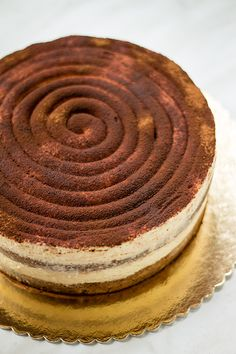 Sweet Recipes, Cake Recipes, Dessert Recipes, Bulgarian Recipes, Italian Recipes, Baking Business, Plum Cake, Tiramisu Cake, But First Coffee