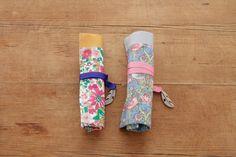 布とテープの組み合わせを変えて。/リバティプリントの小物とバッグ(「はんど&はあと」2013年10月号)
