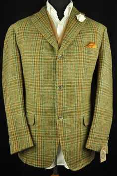 Superb Harris Tweed jacket in a country brown green cloth with green, orange and red check. The jacket has a 3 button front, single vent rear and is half lined. The condition of the jacket is Excellent. | eBay!