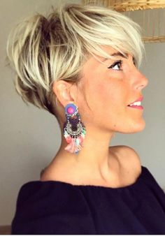 18 Latest Pixie Cuts for Round Face You'll Love for Summer 2019 - Short Pixie Cuts - Pixie Cuts for Round Face The stylish pixie cuts for round face are recognized as popular among women who prefer to wear short hair. The original hair…, Pixie Cuts - Short Hairstyles For Thick Hair, Short Brown Hair, Short Straight Hair, Short Pixie Haircuts, Haircuts With Bangs, Short Hair Cuts, Short Hair Styles, Curly Haircuts, Black Hair