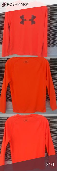 """Under Armour Neon Long Sleeve Heat Gear Shirt Youth  Under Armour Neon Long Sleeve Heat Gear Shirt Youth Size Large Length 24"""" Neon orange with grey Under Armour logo Unisex Under Armour Shirts & Tops Tees - Long Sleeve"""