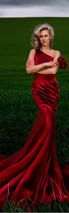 sexy Red evening gown mermaid style