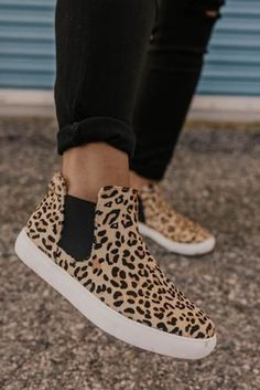 Harlan Leopard Sneaker These leopard sneakers an amazing statement piece! The Harlan is a wild twist on the classic sneaker updated with a leopard pattern. More styles at ROOLEE, Utah's favorite boutique! Sneakers Mode, Classic Sneakers, Casual Sneakers, Sneakers Fashion, Fashion Shoes, Sneakers Workout, Women's Casual Shoes, Winter Sneakers, Sneakers Style