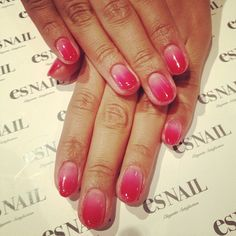 「Light pink and glitter base w/ V lines nails♬」の画像|esネイル・ロサンゼルス店 ~海外ネイ… |Ameba (アメーバ)