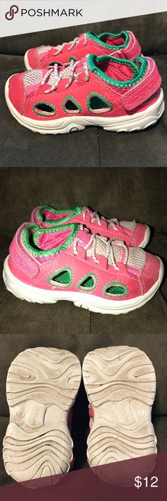 Carters Baby Girl Shoes Good condition Carter's Shoes