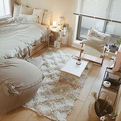 Low Budget Home Decoration Ideas Room Ideas Bedroom, Small Room Bedroom, Bedroom Decor, Bedroom Beach, Minimalist Room, Minimalist Home Interior, Studio Apartment Decorating, Bohemian Studio Apartment, Aesthetic Room Decor