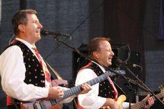 Am 28.8 könnt ihr wieder mit den Spatzen gemeinsam eure Lieblingslieder singen: http://www.hohenstein-konzerte.de/veranstaltungen/sudtiroler-bergfest-steinbach-langenbach