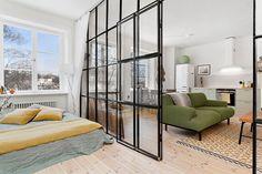 Apartamento de 45m² como divisória de vidro interessante - limaonagua