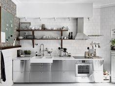 Gorgeous 63 Gorgeous Modern Scandinavian Kitchen Ideas https://homeylife.com/63-gorgeous-modern-scandinavian-kitchen-ideas/