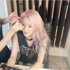 SNSD : ♤ HyoYeon ♤ • 효연 • : IG Update