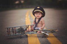 Baby Boy with Airplanes | Pilot |South Florida Baby Portrait Photographer | Boca Raton | Lucas {7 months old} » Cris Passos Photography | South Florida Newborn | Babies | kids | Maternity | Weston | Boca Raton | Coral Springs