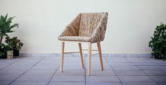 LAFRESCA chaise de jonc par Damian López et Grenade Barrero