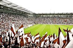 FC St. Pauli #fcsp Photo: Marion Masuch Fc St Pauli, Basketball Court, Soccer, Walking Alone, Sports, Hamburg, Love, Hs Sports, Futbol