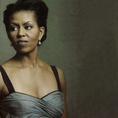 Gorgeous photo of First Lady Michelle Obama