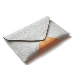 MacBook 13 PRO RETINA sleeve simple classy modern envelope clutch 100% top quality wool felt grey light brown leather