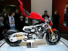 SPECIFICATION OF MOTO GUZZI V12 LM LeMans 2009