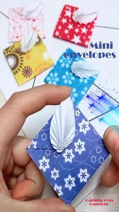 Instruções Origami, Cute Origami, Origami Envelope, 10 Envelope, Diy Crafts Hacks, Diy Crafts For Gifts, Crafts For Kids To Make, Cool Paper Crafts, Paper Crafts Origami