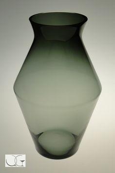 Wazon szklany Popiel kanciasty h-45
