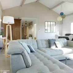 Ce grand canapé d\'angle en U conférera à votre salon moderne un look ...