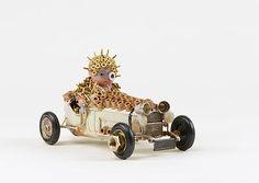 """""""Drivin' Mad Dude"""", Olivier Sultan, 2015. Assemblage d'objets divers. En vente dans notre rubrique Store."""