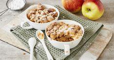 Unser Apfel-Crumble gehört wohl zu den beliebtesten Klassikern unter den schnellen Desserts. Für jeden Streuselfan ein absolutes Muss! Apple Crumble Recipe Easy, Apple Recipes, Sweet Recipes, Snacks, Cakes And More, Food Inspiration, Food Porn, Dessert Recipes, Easy Meals
