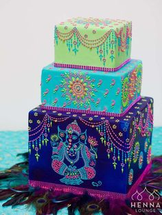 Ganesh Henna Cake Haven't posted for a while because as it turns out, decorating really aggravates my carpal tunnel, but a friend. Crazy Cakes, Fancy Cakes, Gorgeous Cakes, Pretty Cakes, Amazing Cakes, Amazing Birthday Cakes, Colorful Birthday Cake, Indian Cake, Indian Wedding Cakes