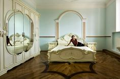 GYPSY INTERIORS: A COLORFUL LOOK INSIDE THE HOMES OF WEALTHY ROMA  photographer Carlo Gianferro