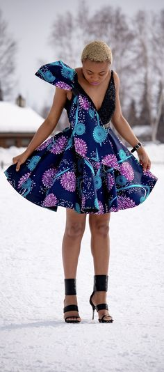 Ankara Xclusive: African Attire Dresses for Young Ladies - African Prints African Fashion Designers, African Dresses For Women, African Print Fashion, Africa Fashion, African Attire, African Wear, African Fashion Dresses, African Women, Fashion Prints