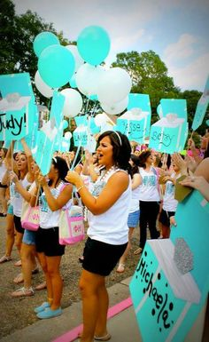 Love the Phi Mu Tiffany themed bid day Sigma Alpha Omega, Phi Sigma Sigma, Delta Phi Epsilon, Kappa Kappa Gamma, Zeta Tau Alpha, Phi Mu, Delta Zeta, Tri Delta, Sorority Bid Day
