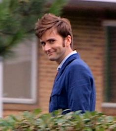 David freakin' Tennant. Im just going to stare at this picture for the rest of my life now.