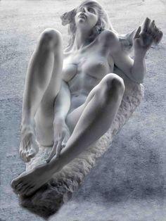 """""""Equilibrio"""" (2010), by Roberto Manzano. Carrara marble."""