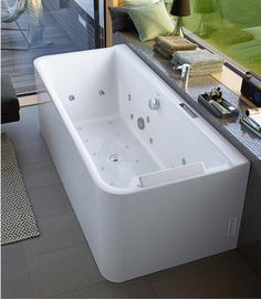A beautiful bathroom is like a vacation. Immerse yourself into our wide range of ceramic, bathroom furniture and kitchen sinks. Discover now - Duravit! Bathroom Inspo, Master Bathroom, Phoenix Design, Bad Inspiration, Jack And Jill Bathroom, Spa, Acrylic Panels, Whirlpool Bathtub, Bathroom Essentials
