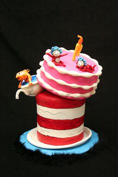 Cat in the Hat 2 by Whimsy Cakes, via Flickr