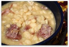 Mommy's Kitchen - Old Fashioned & Country Style Cooking: Crock Pot Northern Beans & Ham