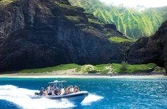 Na Pali small boat - snorkel & caves