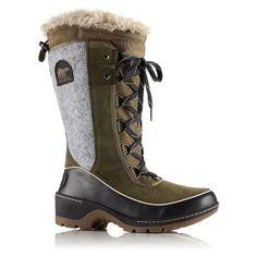 a7c2a1584d03 14 best 2018 Winter Footwear images on Pinterest