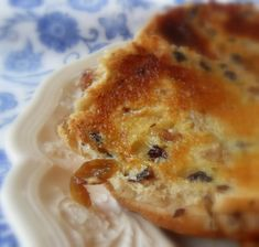 The English Kitchen: Toasted Teacakes Toasted Teacakes, English Teacakes, English Kitchens, Tea Cakes, Baking Tips, Baking Hacks, Baked Chicken Wings, Yeast Bread, Bread Recipes