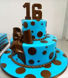 Carlo's Bakery, Fontant Friday Sweet 16 cake, 11-22-13, Facebook post.