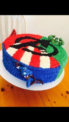 Spiderman Cake Ideas for Little Super Heroes - Novelty Birthday Cakes Avengers Birthday Cakes, Hulk Birthday, Superhero Birthday Party, 4th Birthday Parties, Birthday Fun, Cake Birthday, Birthday Ideas, Pastel Capitan America, Pastel Avengers