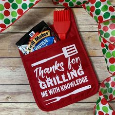 gift for teachers Thanks for Grilling Me With Knowledge Pot Holder Set, Gift for Male Teacher, Teacher Gift, Teacher Appreciation, One Smart Cookie Gifts For Male Coworkers, Male Teacher Gifts, Teacher Christmas Gifts, Teacher Appreciation Gifts, Diy Gifts For Teachers, Volunteer Appreciation, Christmas Ideas, Bbq Gifts, Teacher Gift Baskets