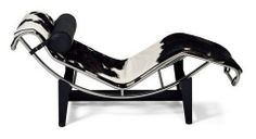Pictures of Le Corbusier Chaise Lounge in Pony (LC4)
