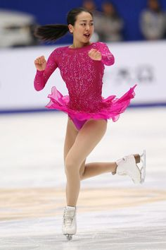 QUEEN is back on the ice!